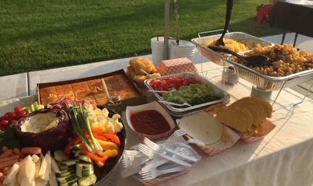 Taco Bar: Fun and Easy Way to Serve a Crowd – The Rodeo Wagon
